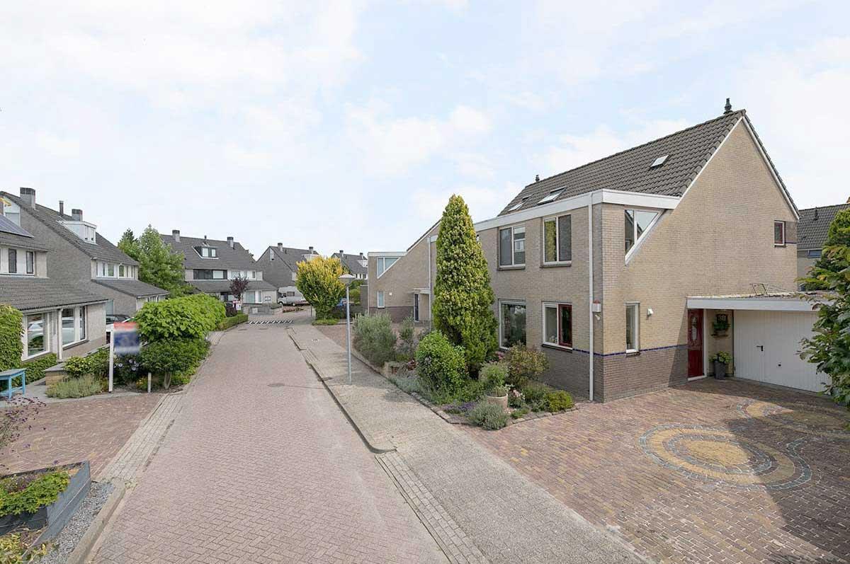 foto 3 van Dvorakhof 38 te Hoorn