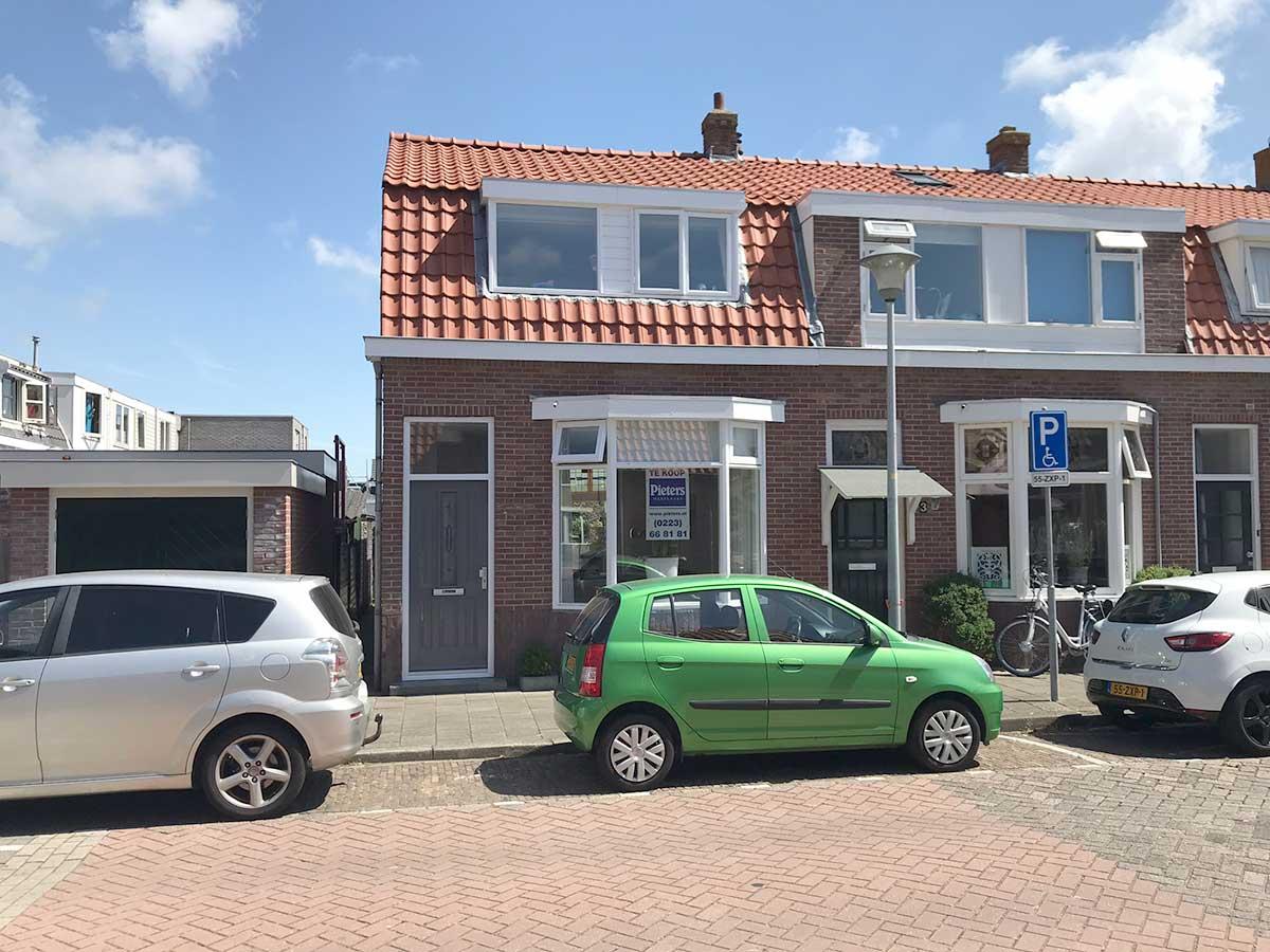 foto 2 van Hertzogstraat 1 te Den Helder