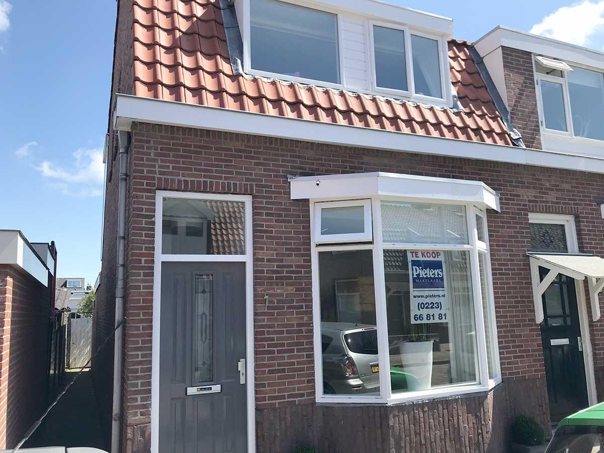 foto 3 van Hertzogstraat 1 te Den Helder